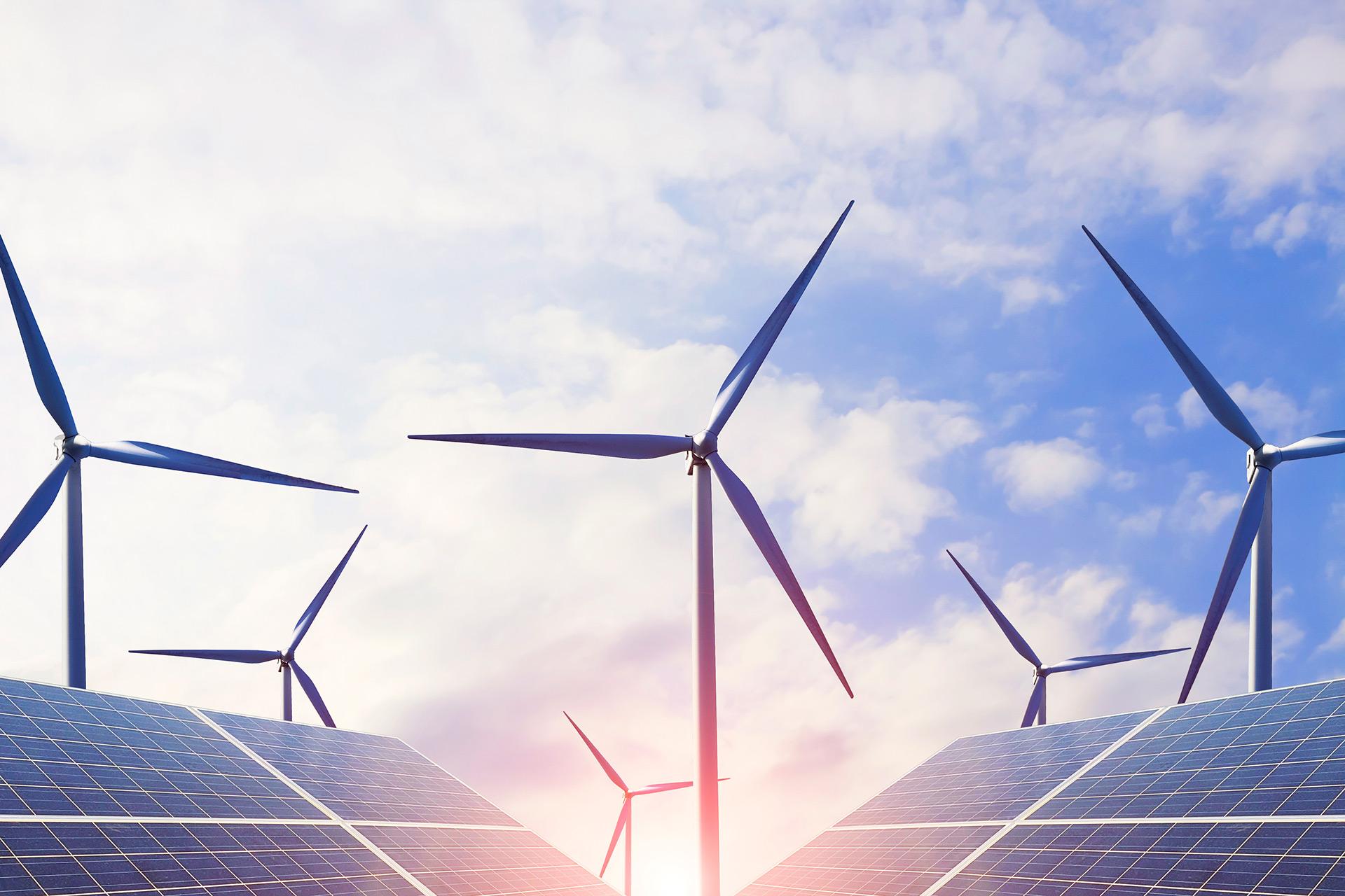 Erneuerbare-Energien_Windrad_Solar-batch-1